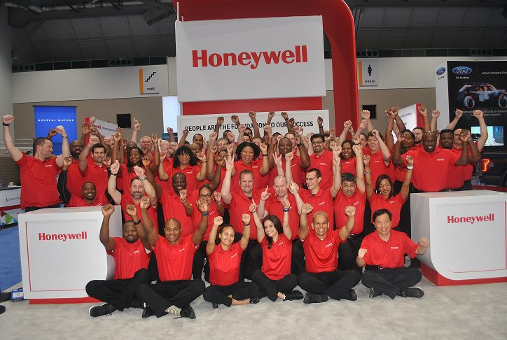 NSBE convention Honeywell booth